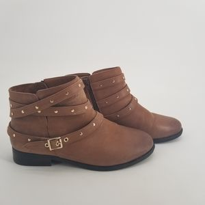 Vionic Lona Brown Strappy Ankle Boots